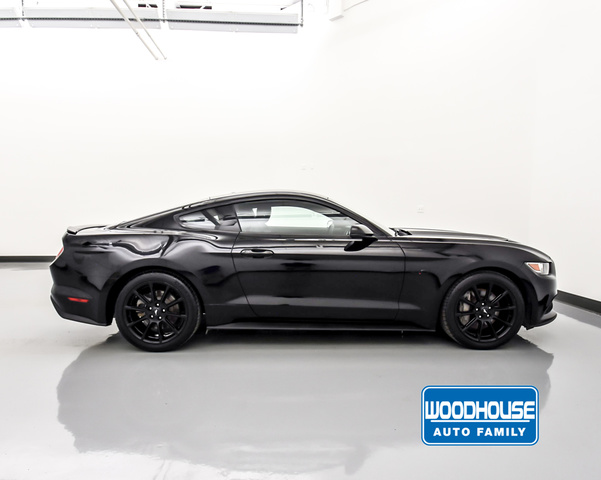 Pre-Owned 2016 Ford Mustang Fastback Gt Premium