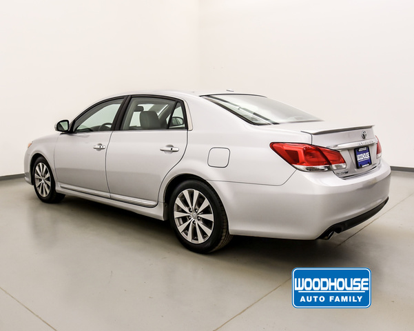 Pre-Owned 2011 Toyota Avalon