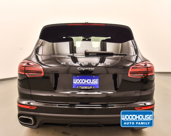 New 2018 Porsche Cayenne Platinum Edition